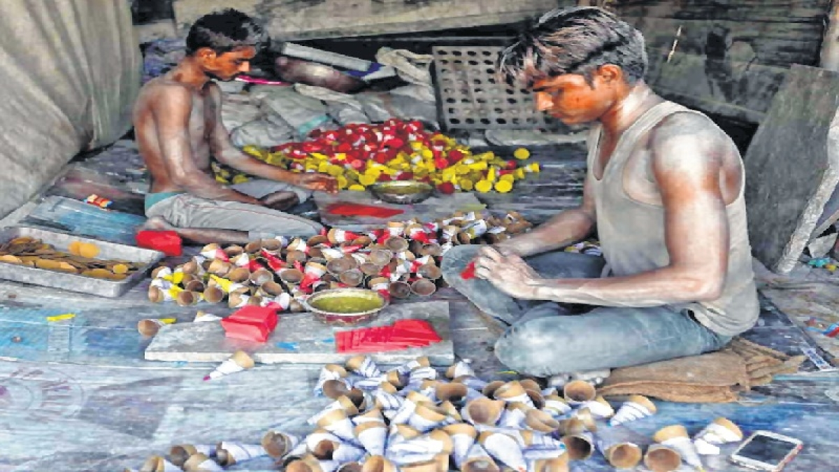 Maharashtra: People from parched Marathwada turn to Pune to earn livelihood
