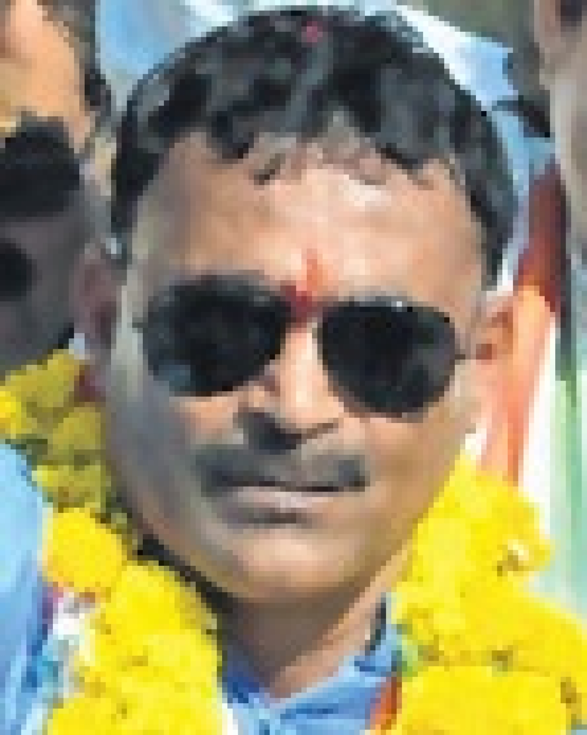 Indore: 85 file papers on last day