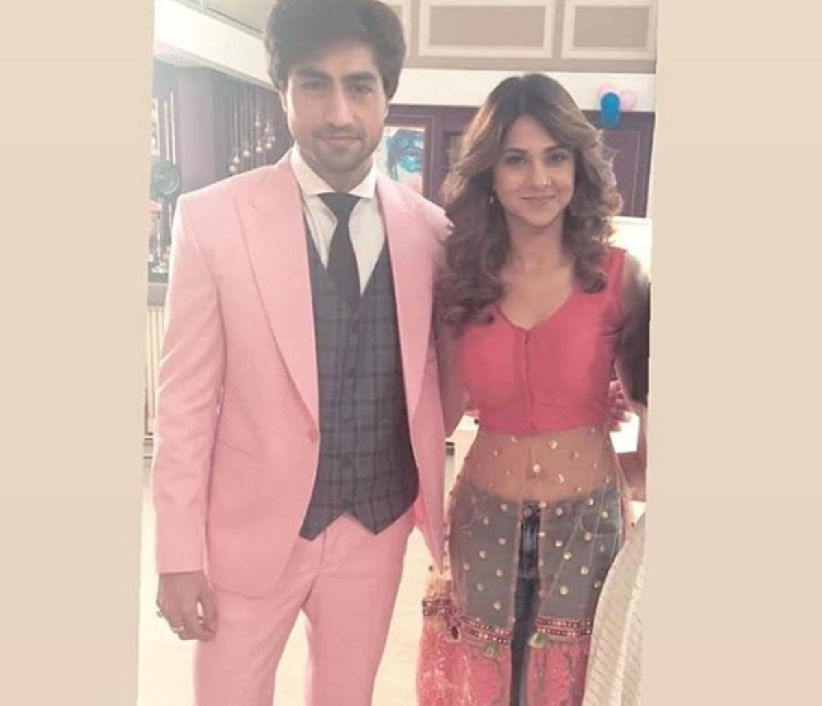 Bepannaah Spoiler! Jennifer Winget, Harshad Chopra's post leap look leaked