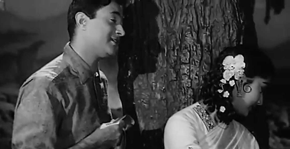 Amazon's Alexa beeps out 'Ch**d' from Mohammad Rafi's iconic song 'Abhi Na Jao Chhod kar'