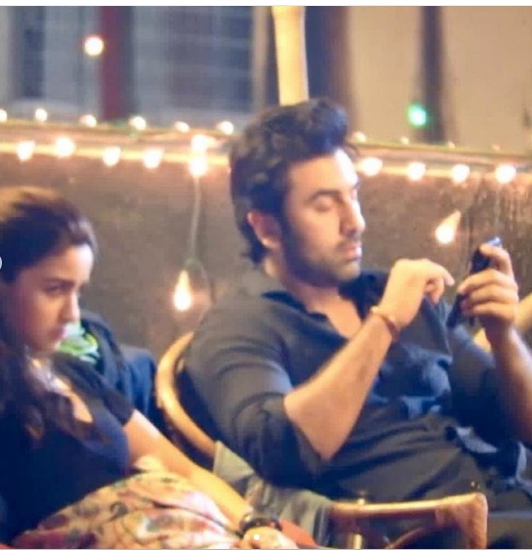 Trouble in Alia Bhatt-Ranbir Kapoor's paradise? See pictures