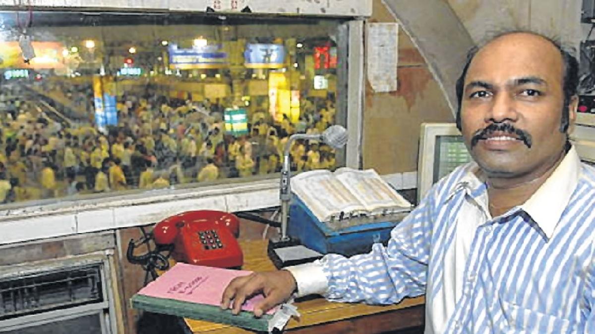 26/11 Mumbai attacks: Ajmal Kasab was grinning while firing at commuters, says railway announcer Vishnu Zende