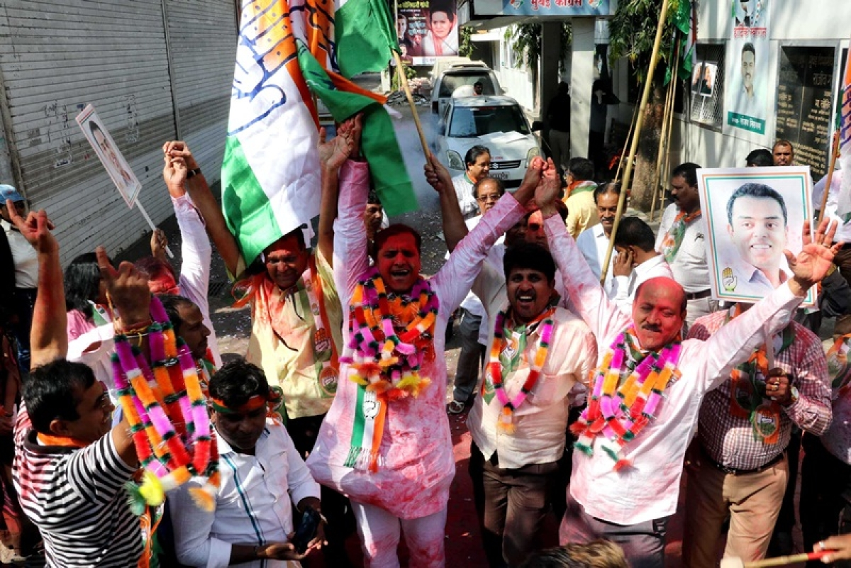 Mumbai: Celebrations at Congress party office after victory in assembly elections 2018
