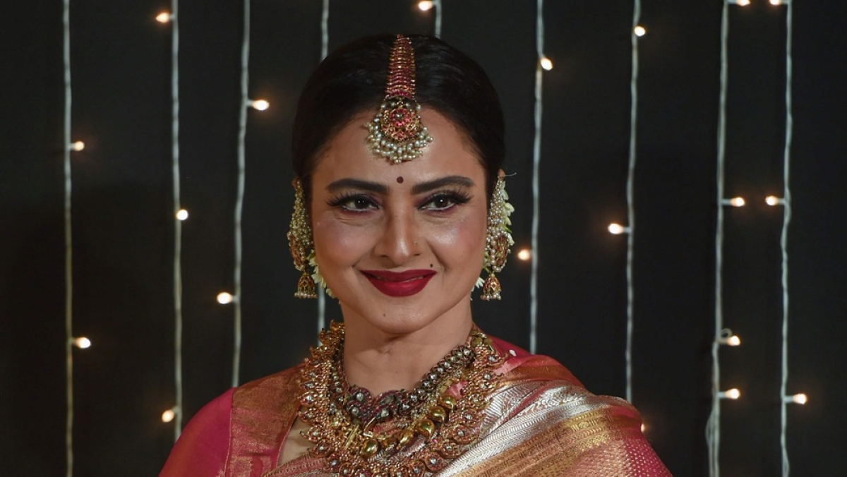 Rekha turns 66: Bollywood stars, fans wish the evergreen icon on her birthday