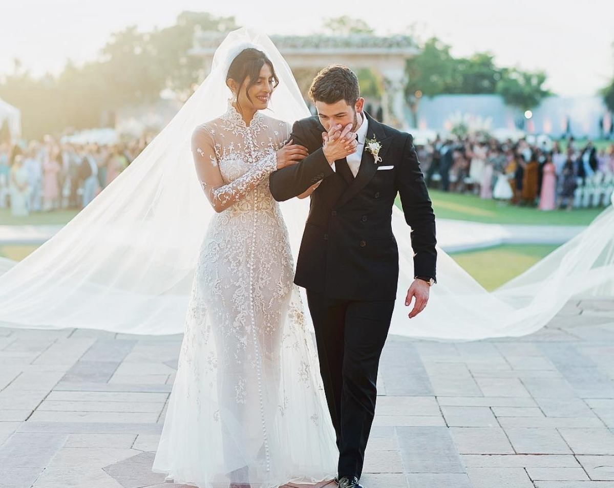 Can you read the hidden messages on Priyanka Chopra's wedding gown? Take a closer look