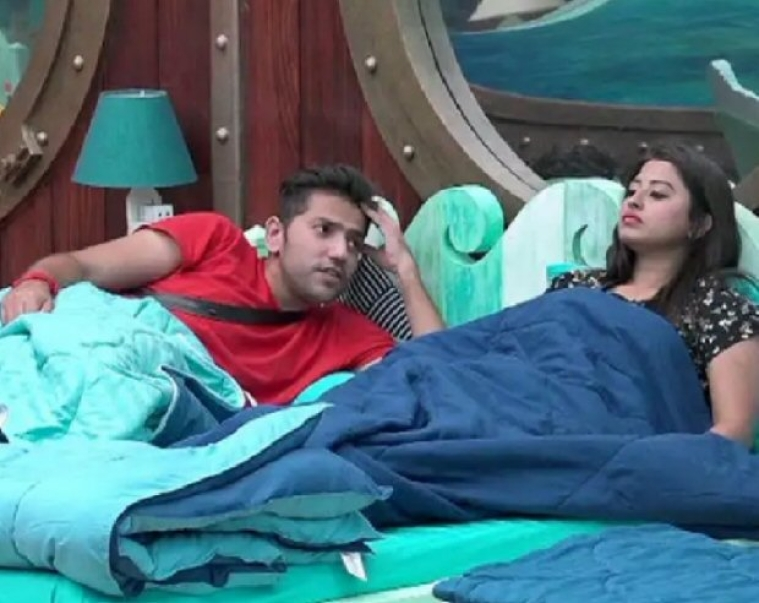 Bigg Boss 12: Somi Khan refuses to swear on mother to prove that Romil is just her friend