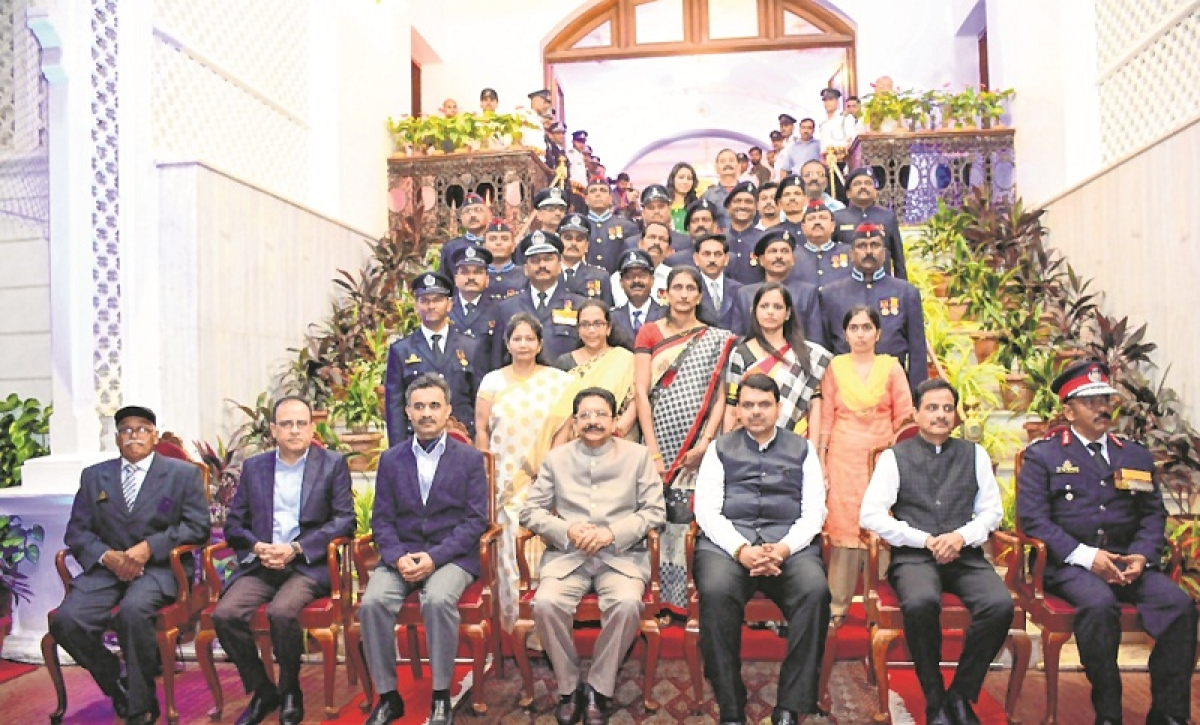 Officers who lost life in Andheri and Kalbadevi fire honoured