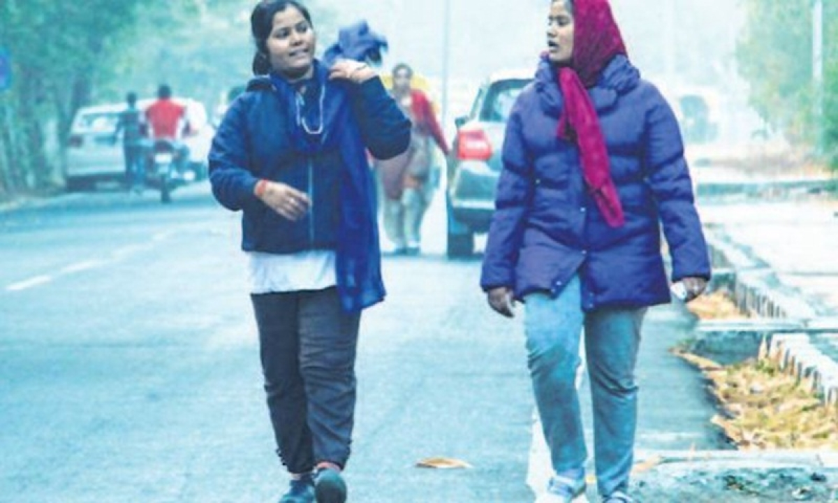 Bhopal: Cold wave hits normal life in many places of MP