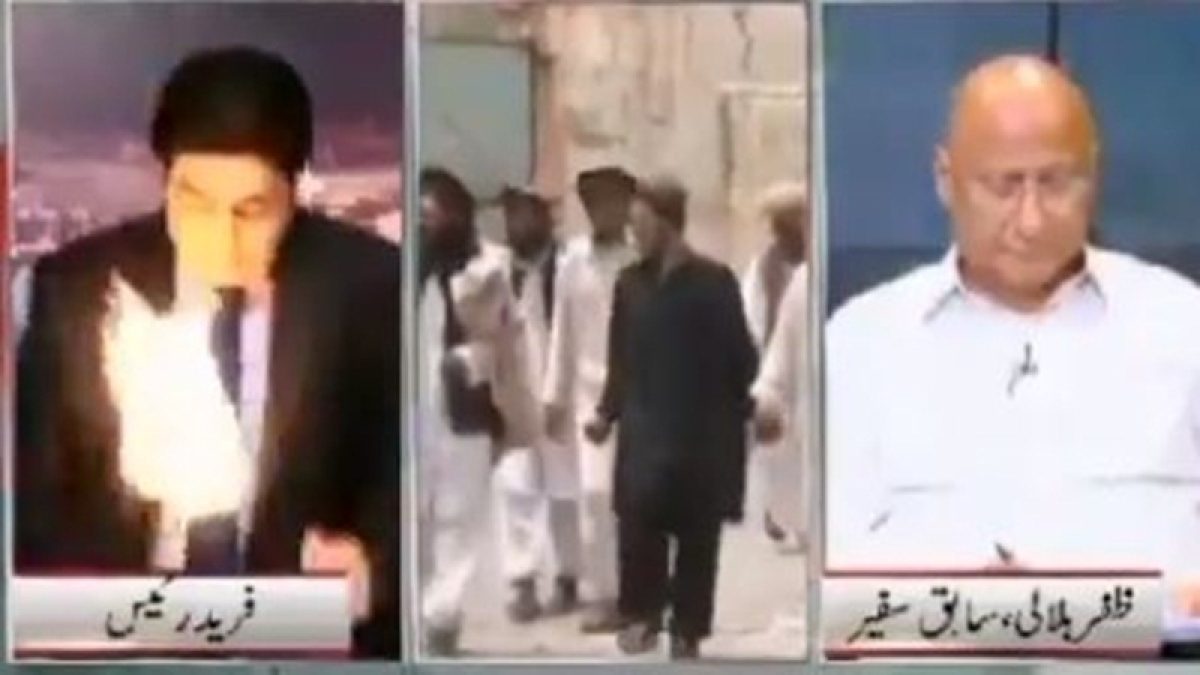 Pakistani news anchor saving his life from fire on live TV will give you goosebumps; watch video
