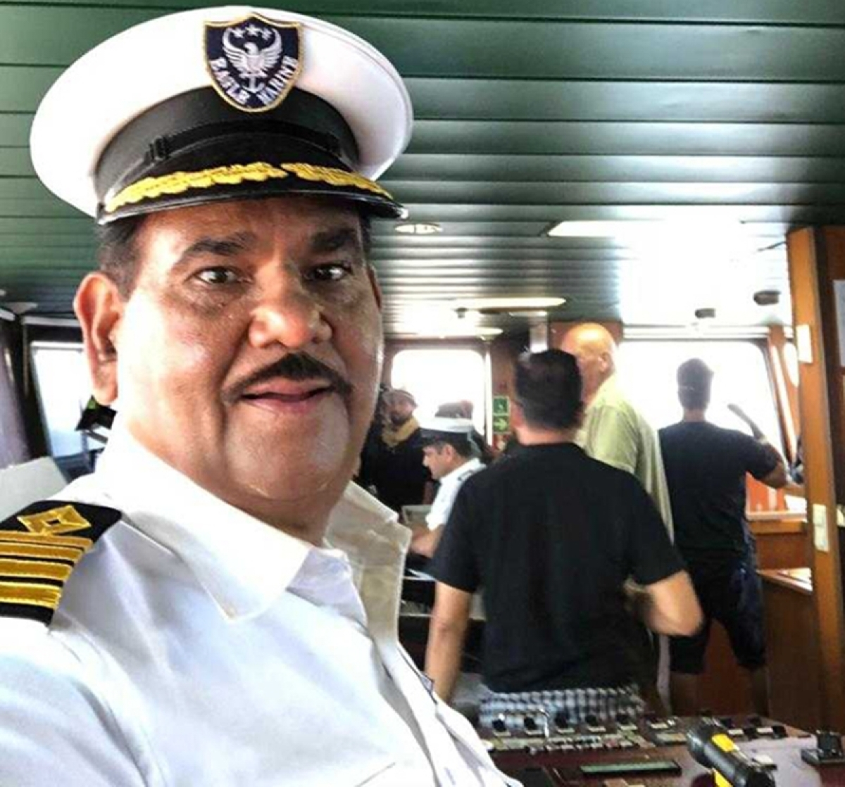 First Look: Satish Kaushik turns Navy officer for Salman Khan's 'Bharat'