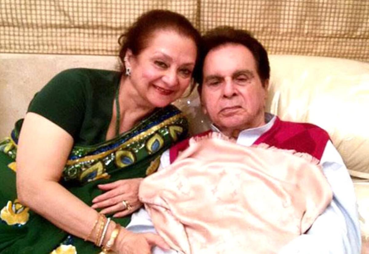 Veteran actor Dilip Kumar and wife Saira Banu send defamation notice to builder