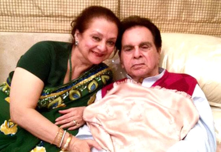 Veteran actor Dilip Kumar and wife Saira Banu send defamation notice to builder