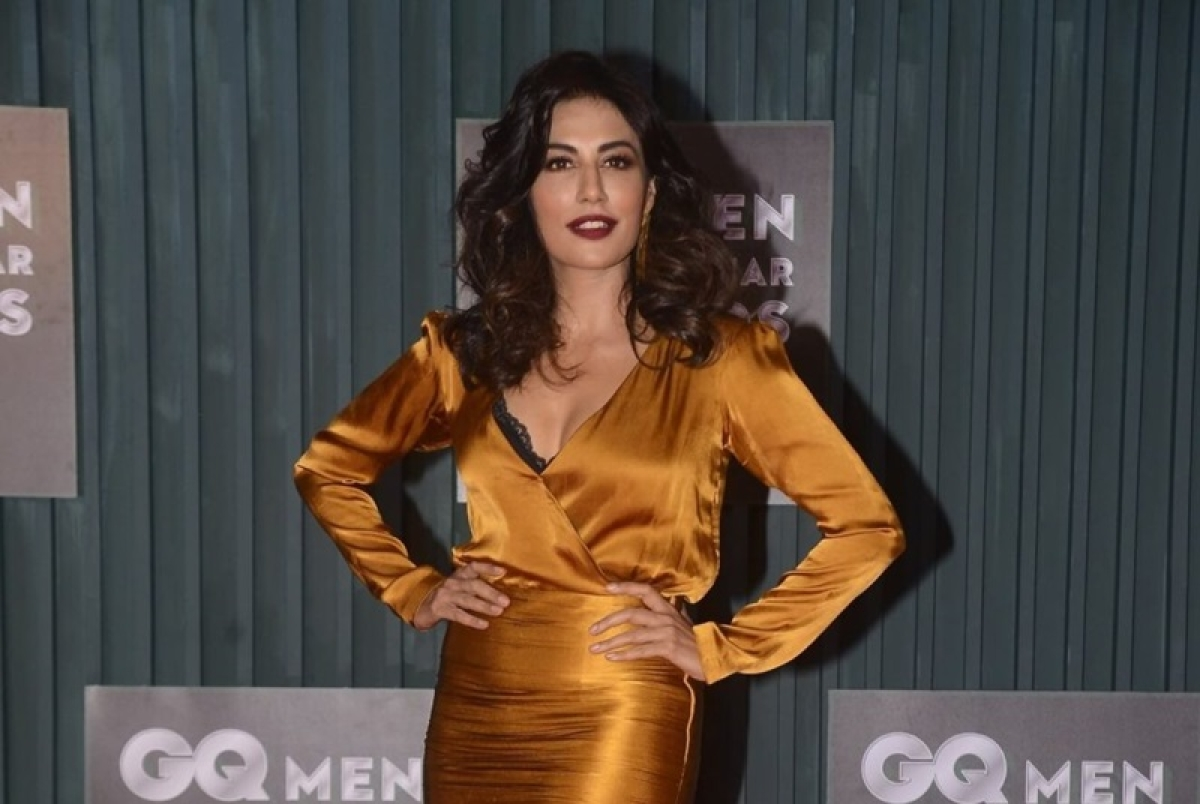 Celebrity Fashion! Chitrangada Singh: A tight tee over tight jeans is definitely not happening