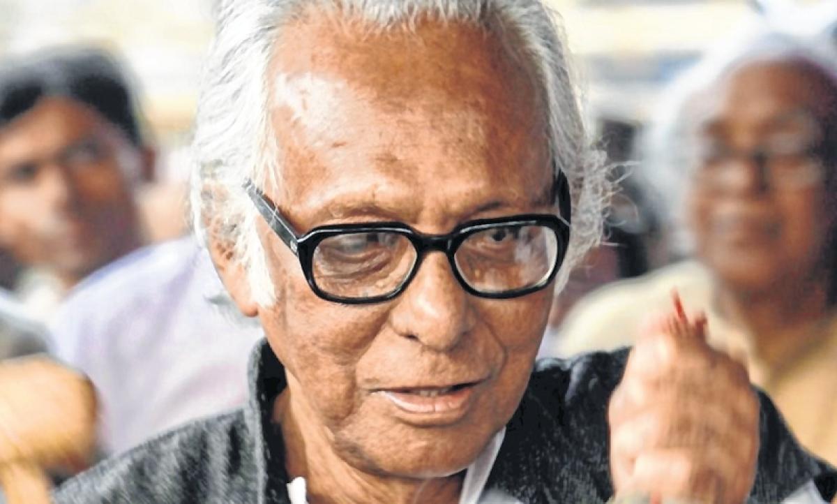 Stars mourn demise of legendary filmaker Mrinal Sen
