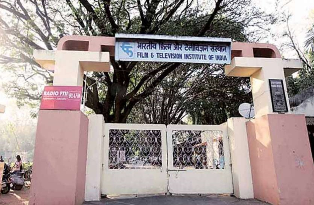 NFAI, FTII sign MoU for transfer of land for film storage