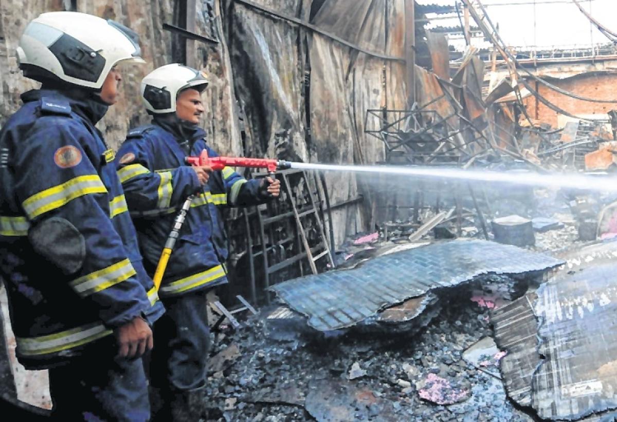 Mumbai: Garment factory gutted