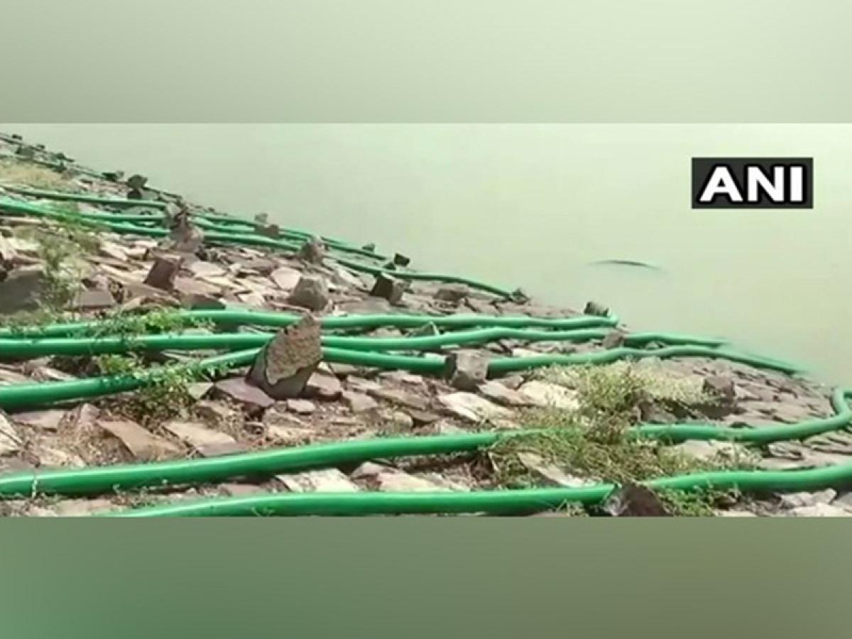 Karnataka: Villagers empty lake after HIV positive woman jumps into it