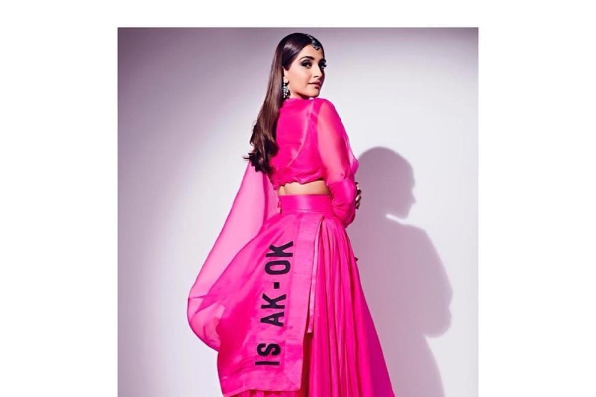 After Sonam, Rhea hit back, fashion police Diet Sabya deletes post accusing designer Anamika Khanna of plagiarism