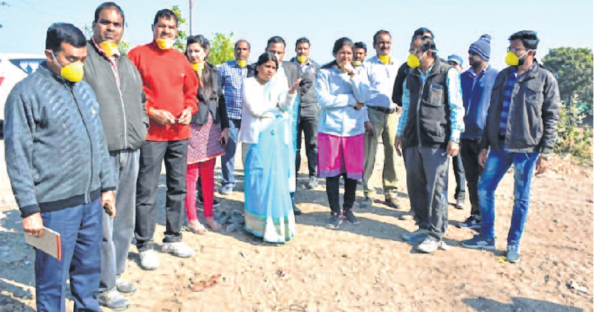 Ujjain: Jonwal, Pal inspect trenching ground and cowshed