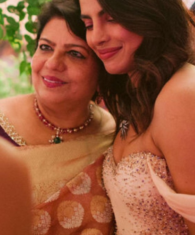 Flashback! Here are some unseen moments of Parineeti Chopra, Madhu Chopra from Priyanka and Nick's wedding