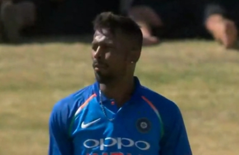 M.S. Dhoni liked my version of helicopter shot: Hardik Pandya