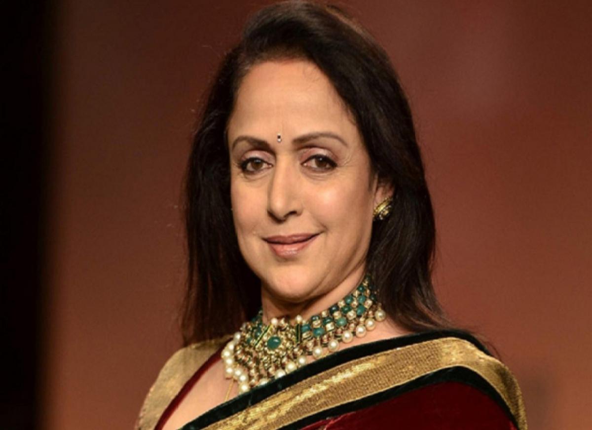 Hema Malini counts on PM Modi, but farmers not convinced