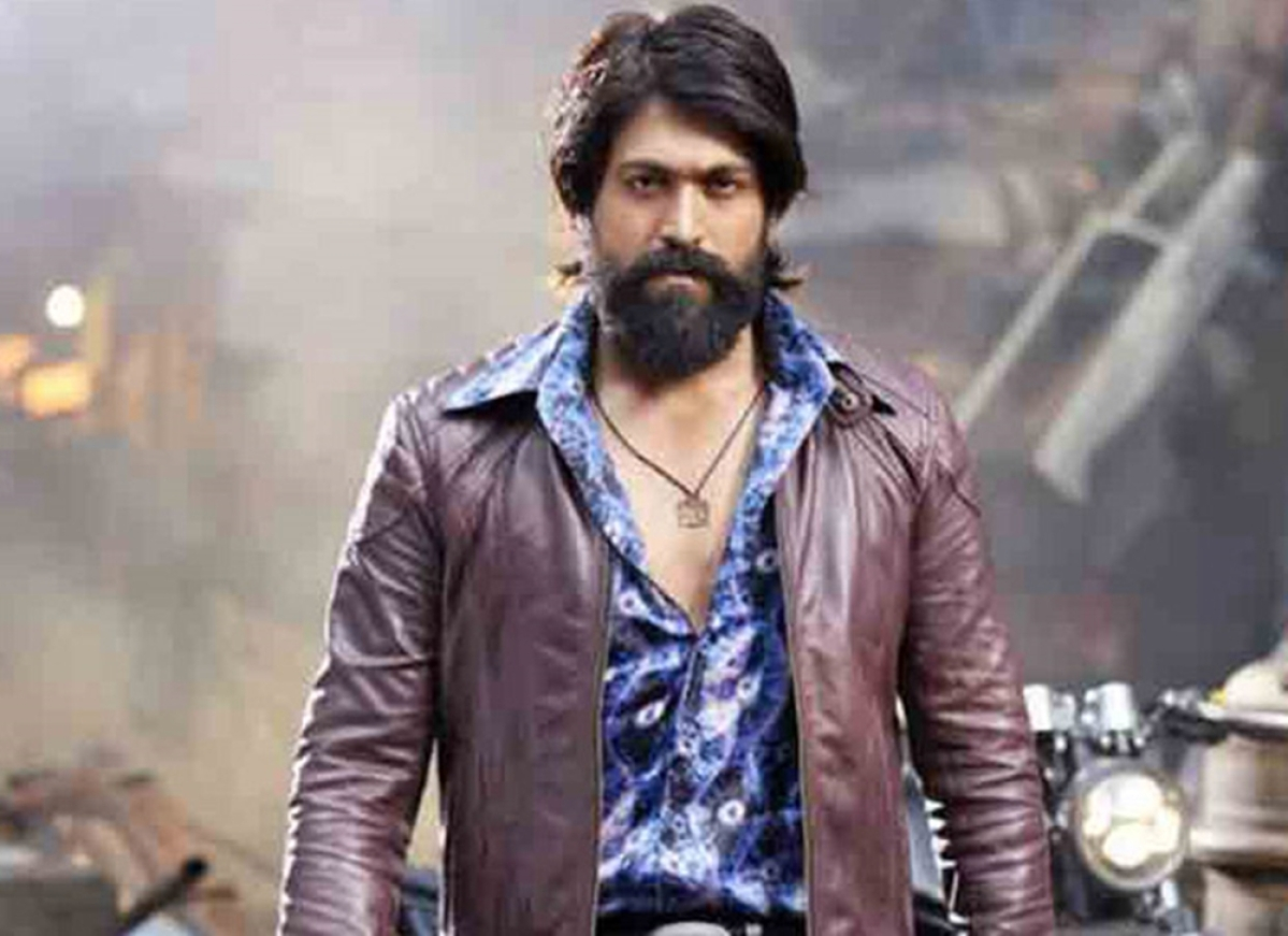 KGF fame Yash condemns fan committing suicide, requests his fans from resorting to such violent means