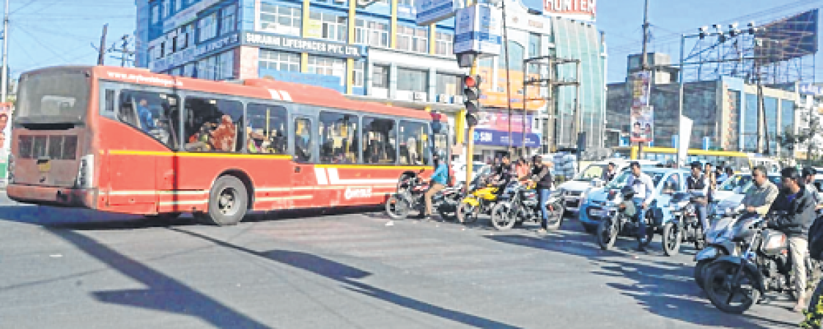 Bhopal: Woes of allowing private buses in BRTS