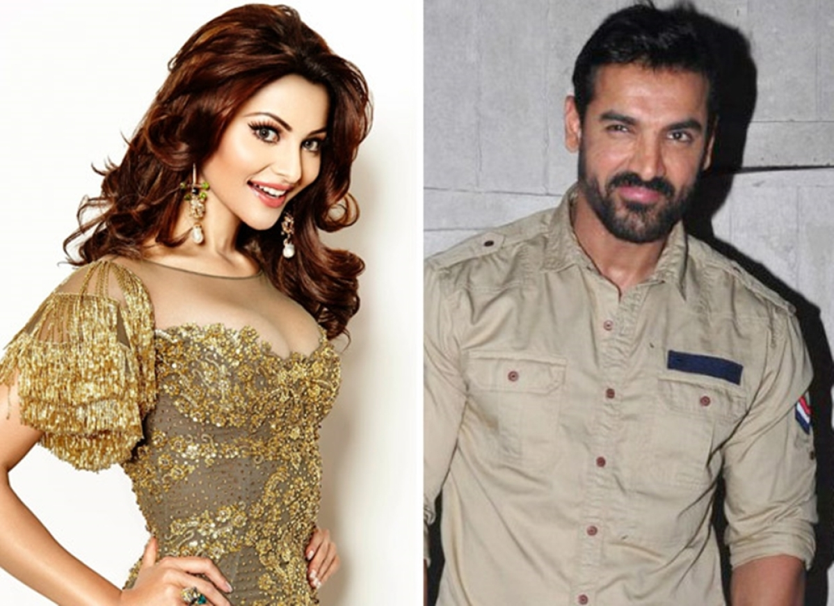 Urvashi Rautela to feature in John Abraham starrer 'Pagalpanti'