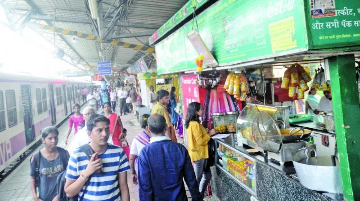 Bhopal: Habibganj & Bhopal railway station inspected
