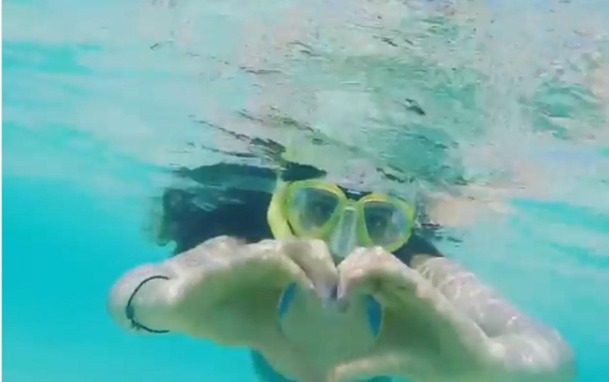 Kiara Advani breastroke's her way in a blue monokini to find Nemo; watch video