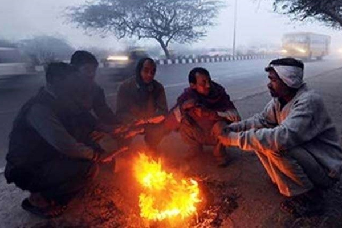 Bhopal: Several parts of state shiver as mercury dips