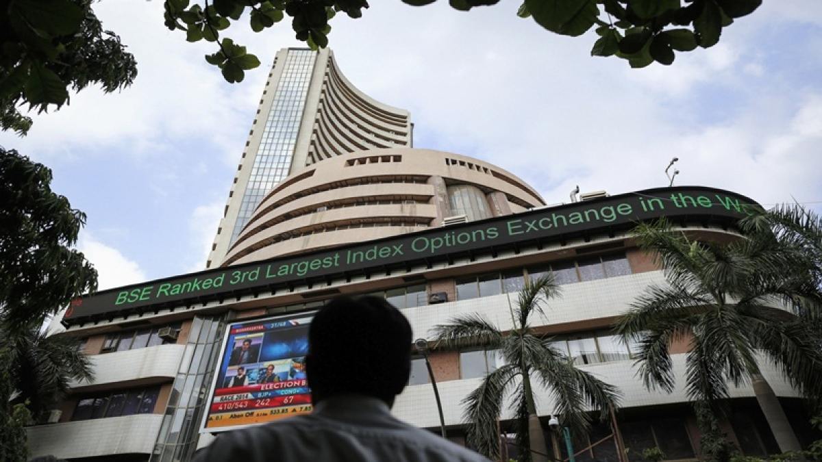 Sensex, Nifty end lower in volatile trade; financial, metal stocks weigh