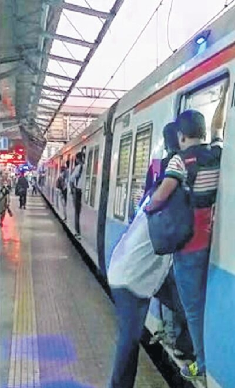 Mumbai: Catching a moving train? Blue light to stop you