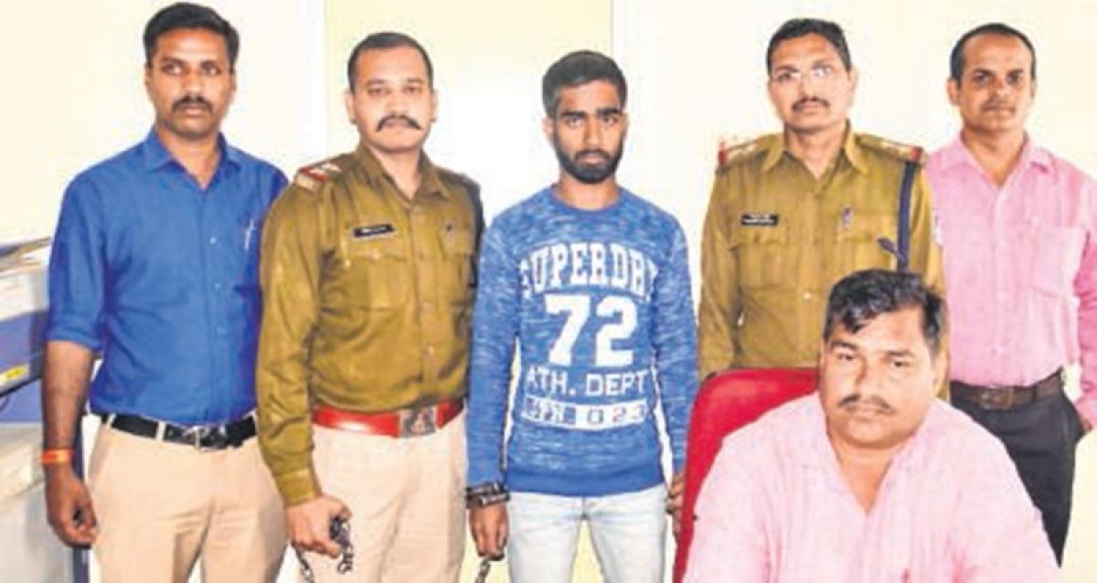 Ujjain: Miscreant dupes victim of ` 10,000 held