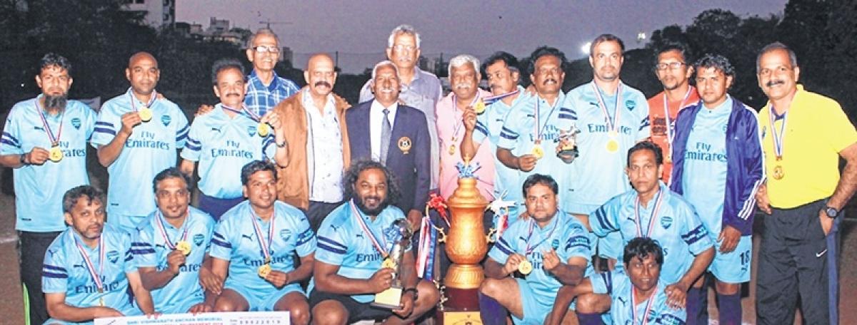 Shri Vishwanath Anchan Memorial Veterans' Football Tournament 2019: Central Railway strike it rich, defeat Bandra Packers 3-0