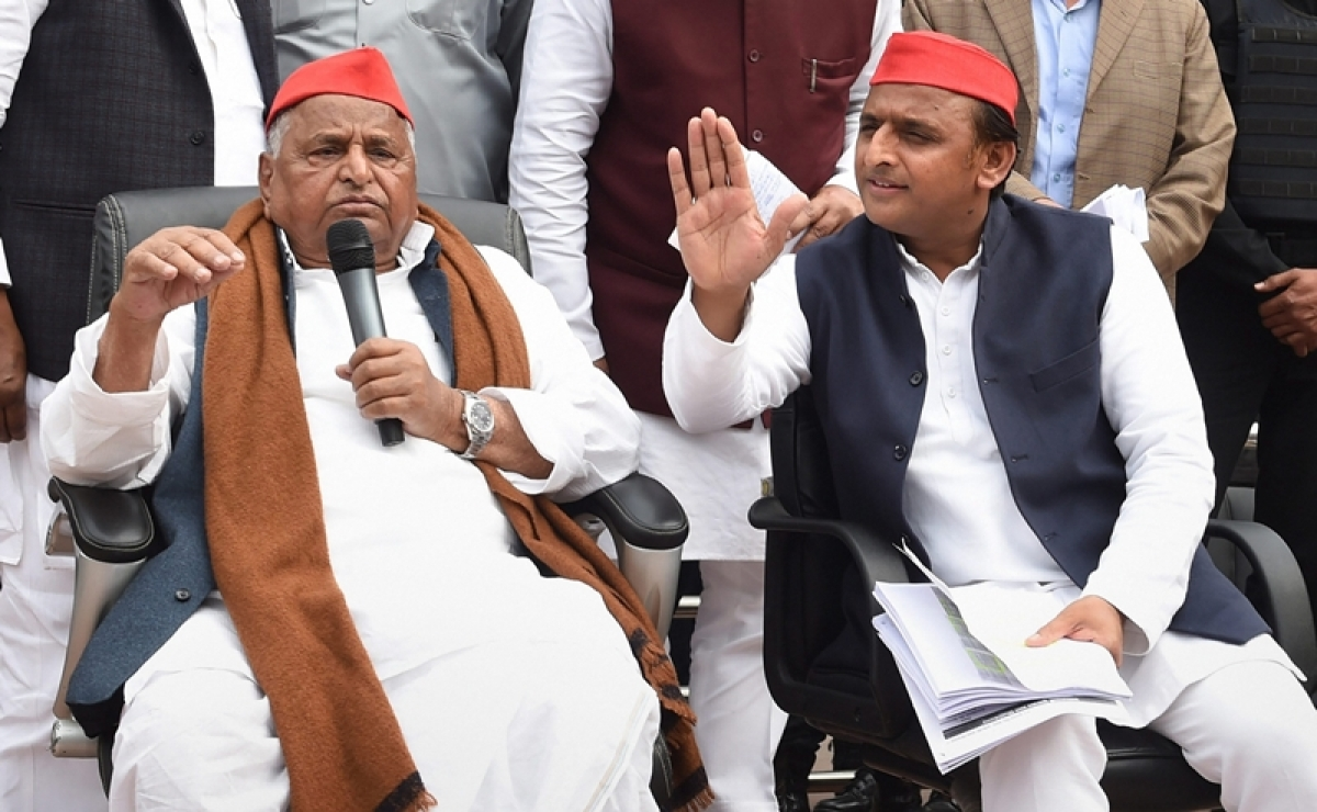 Allegations against Mulayam, Akhilesh in DA case not substantiated: CBI to SC