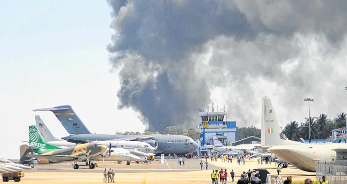 Blaze in Aero India parking area guts 300 cars, no casualties
