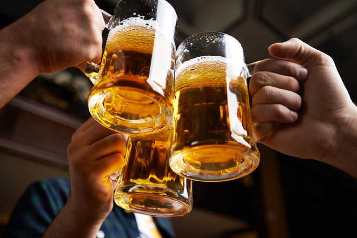 How binge drinking causes lasting brain changes in teens