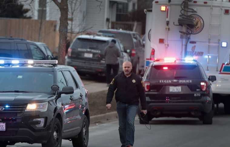 Police secure the area following a shooting at the Henry Pratt Company on February 15, 2019 in Aurora, Illinois. Five people were reported dead and 5 police officers wounded from the shooting. Scott Olson/Getty Images/AFP