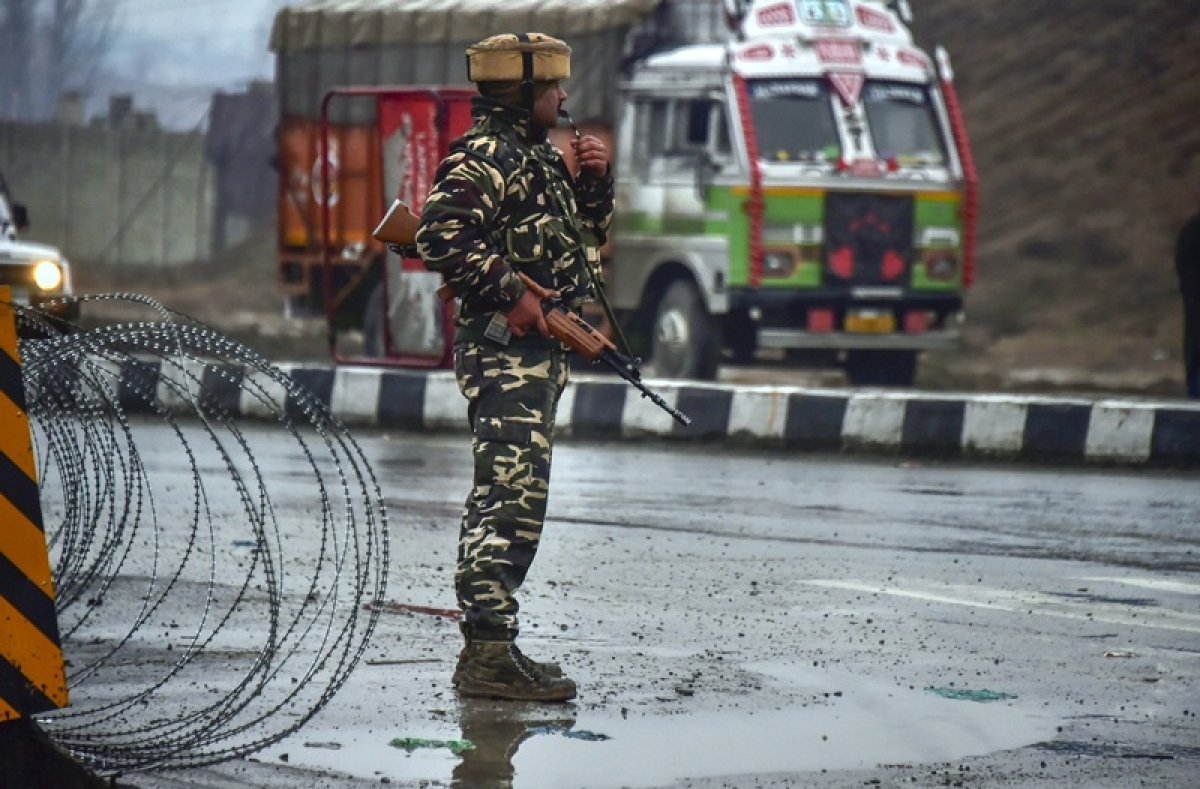 Protest shutdown against Pulwama terror attack affects life in Jammu