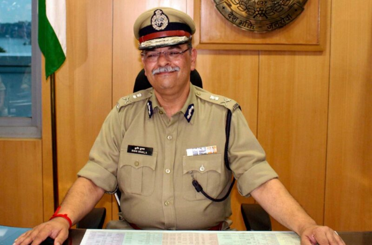 Bhopal: Man in uniform takes on minister over comment on CBI director