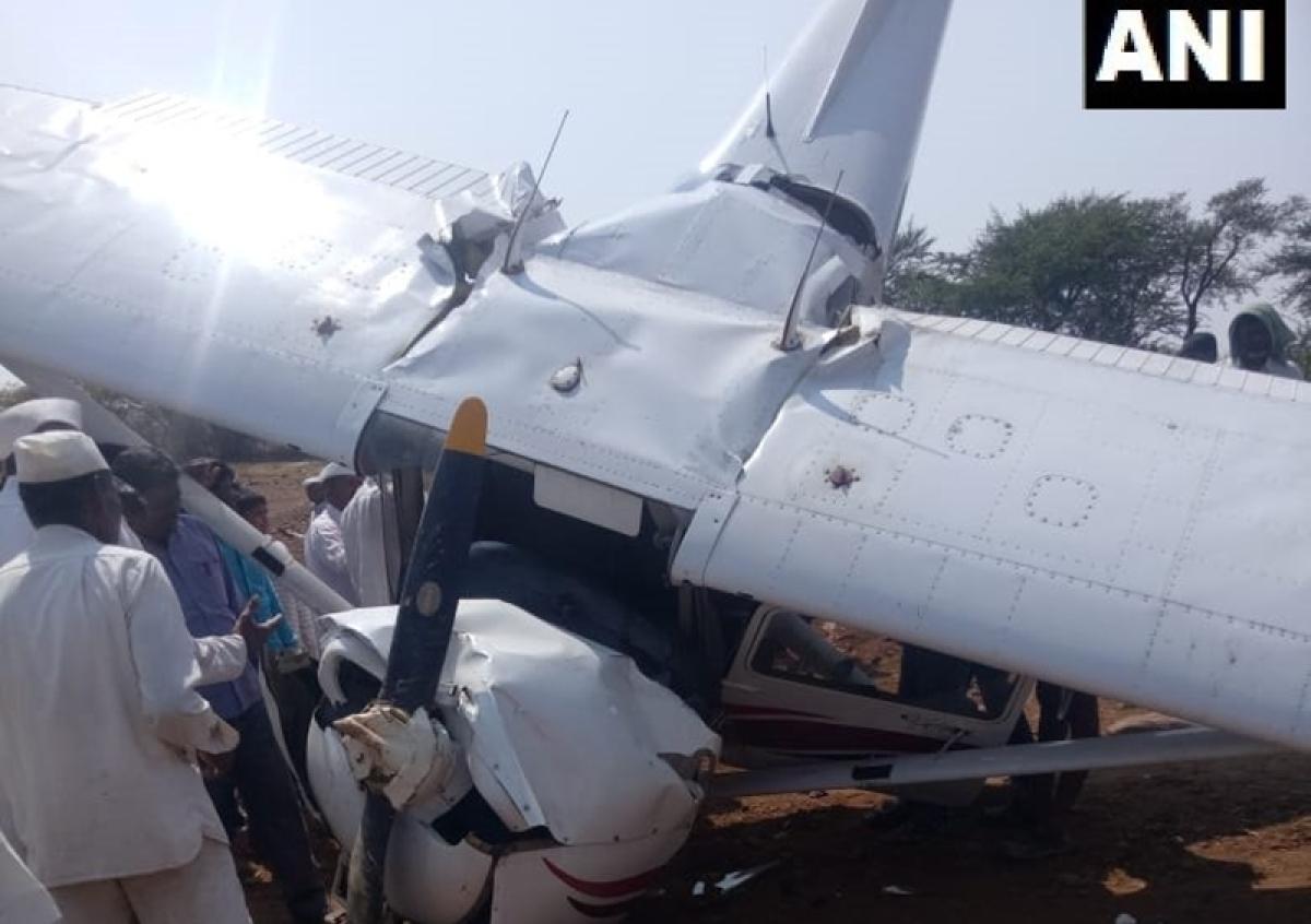 Maharashtra: Carver Aviation's trainee aircraft crashes in Pune's Indapur, pilot injured