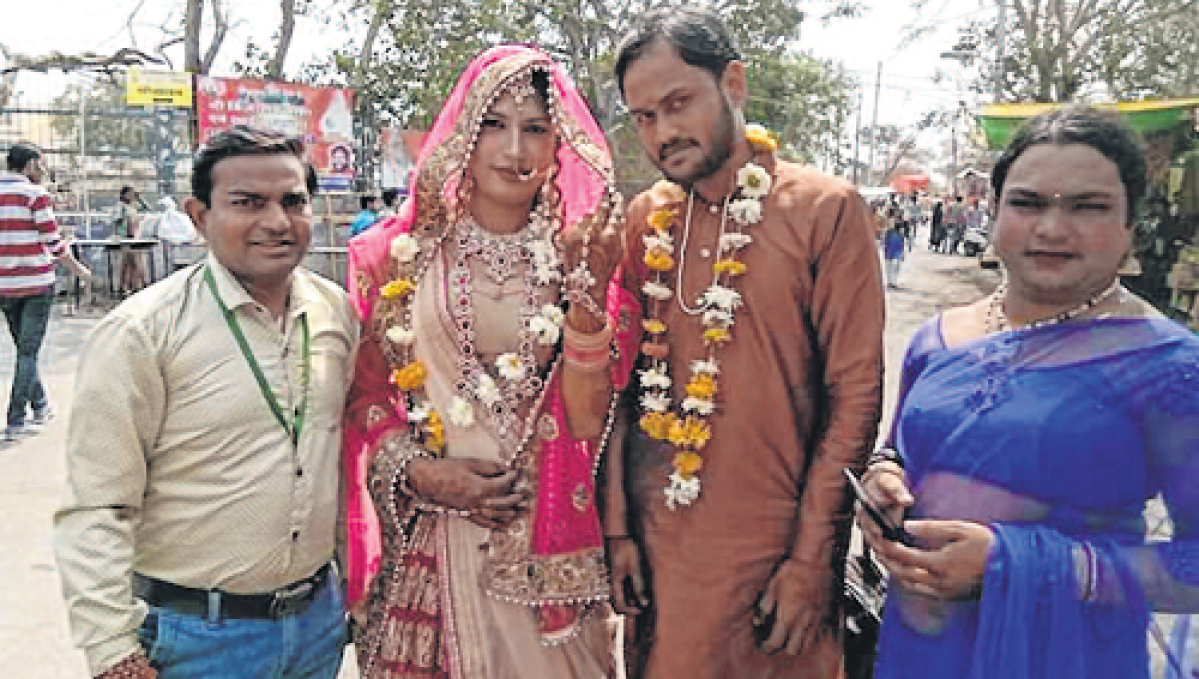Indore: Marriage solemnised, city gets its first transgender couple