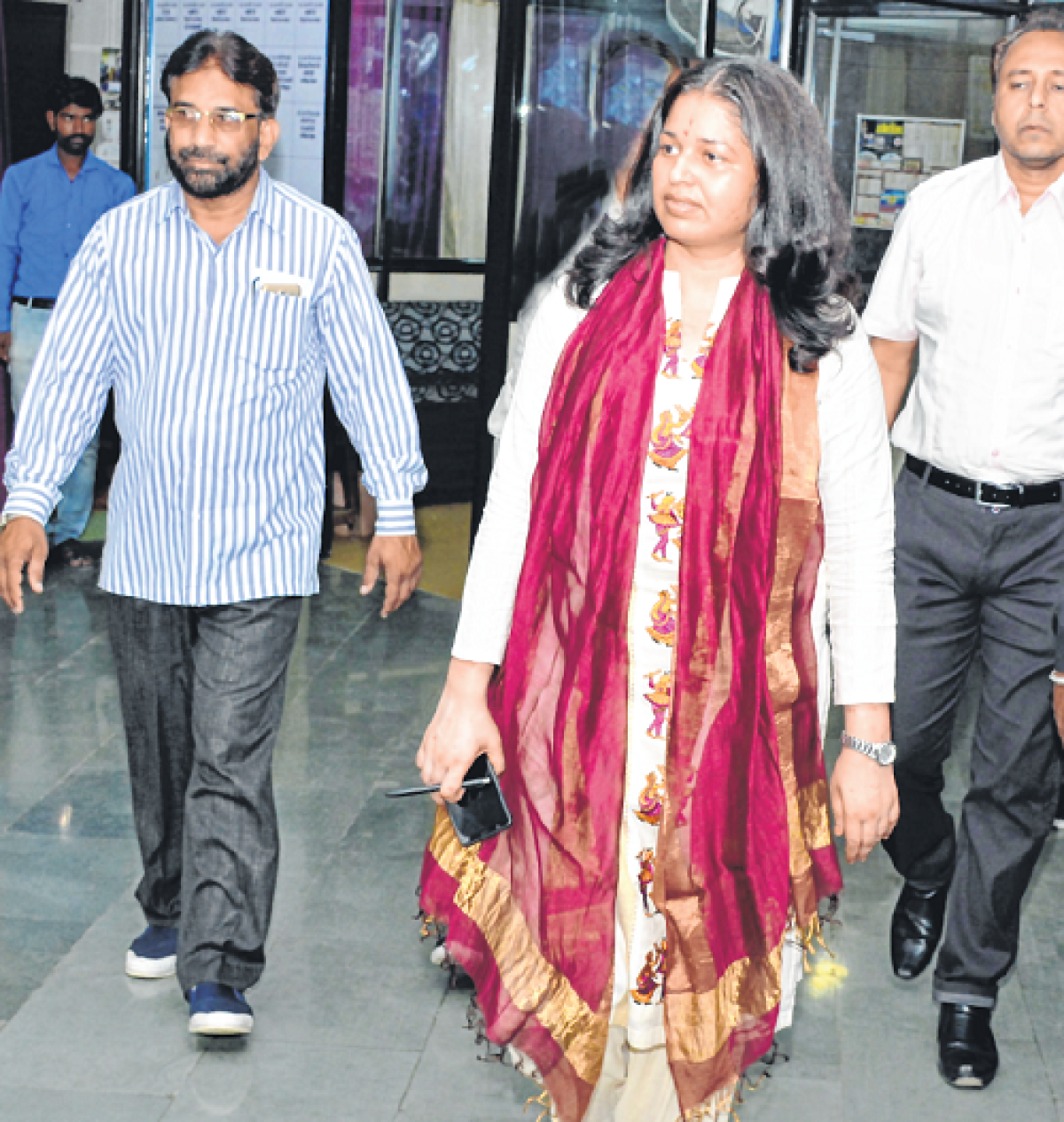 Ujjain: 7 days salary of clerks deducted for laxity in PMAY cases