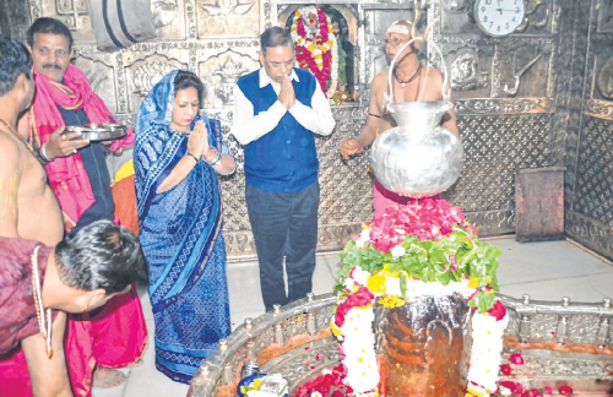 Ujjain: CBI chief Rishi Kumar Shukla pays obeisance to Lord Mahakal