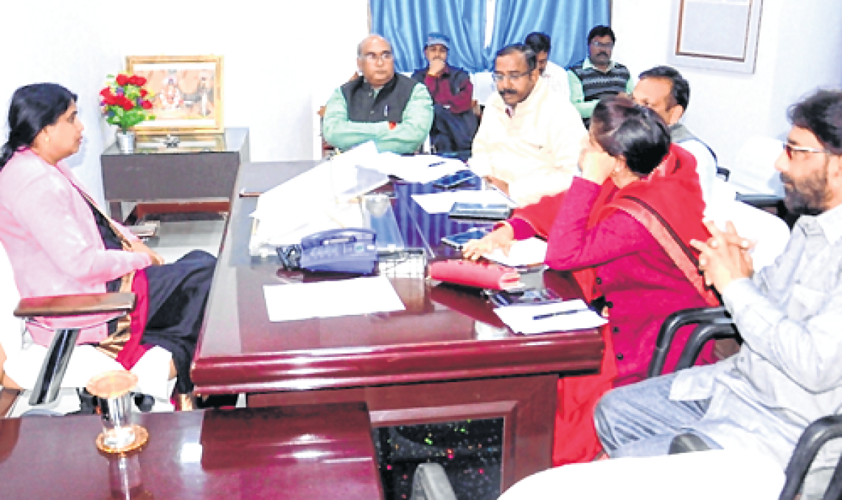Ujjain: Approved construction work must start soon, UMC Commissioner