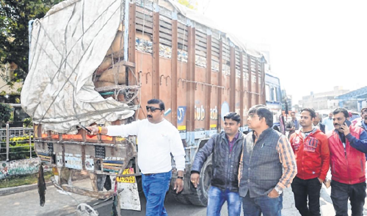 Ujjain: 195 quintal wheat seized suspecting illegal transportation