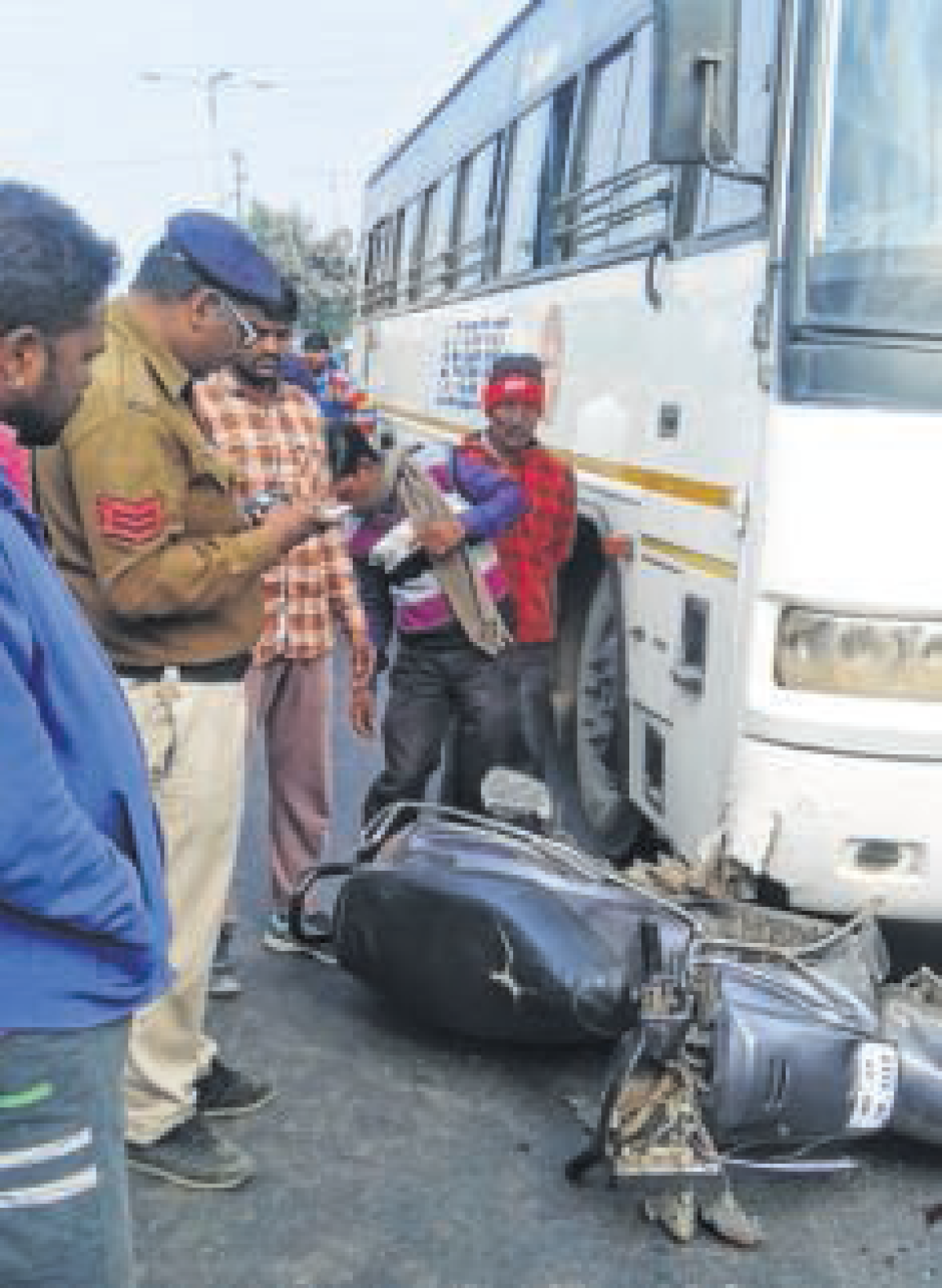 Ujjain: Bus hits 2-wheeler, 2 hurt