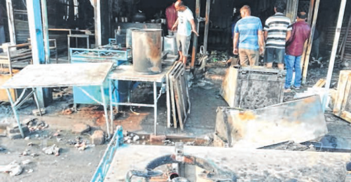 Indore: 10 shops, house gutted